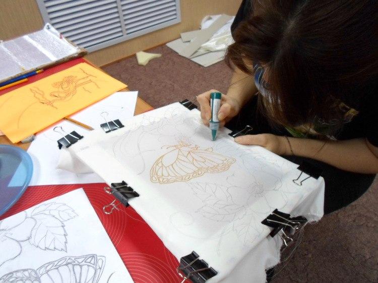 Мастер-класс по росписи ткани в технике батик